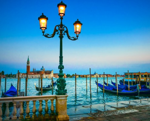 HermitGuides_Venice_lamp-post