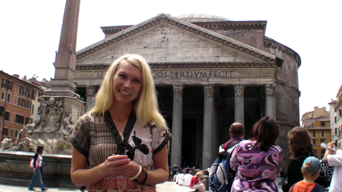 Charity at Pantheon – HermitGuides Rome